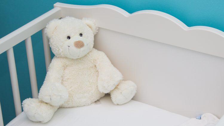 Obiect de tranziție: un prieten de nădejde pentru somnul liniștit al bebelușului tău