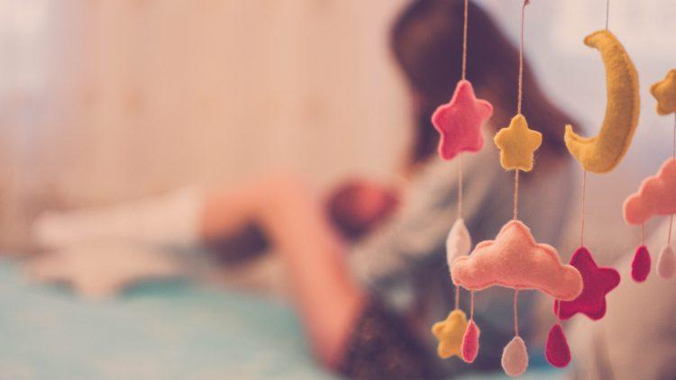 Colicii bebelușului – durere de burtă sau suprastimulare?